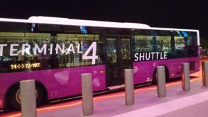 T2-T4間無料シャトルバス
