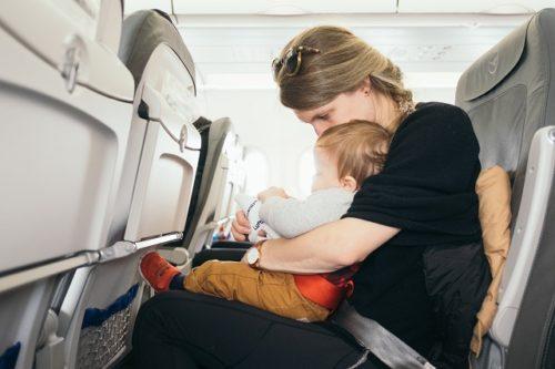 子どもと一緒の機内の楽しみ方