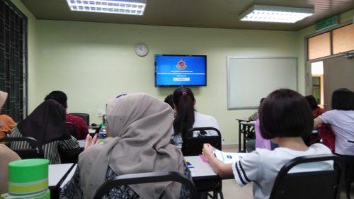 マレーシアの自動車免許取得のための学科教習